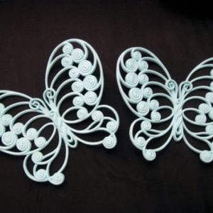 Other - Vintage 2 piece plastic butterflies wall hanging